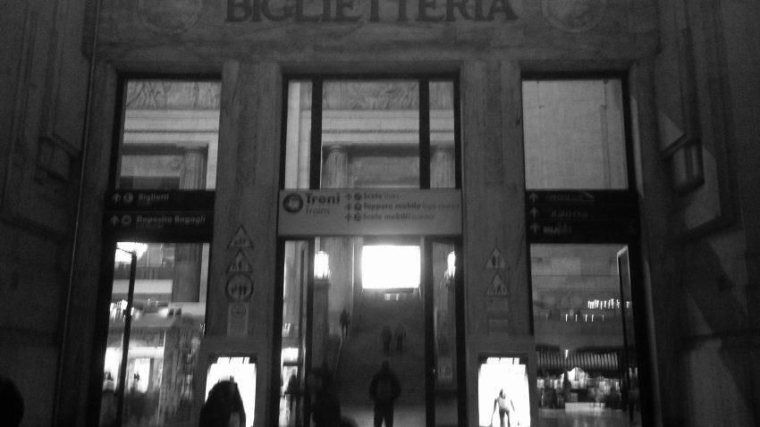 Milano violenta - Lamberto Salucco   Rebus Multimedia